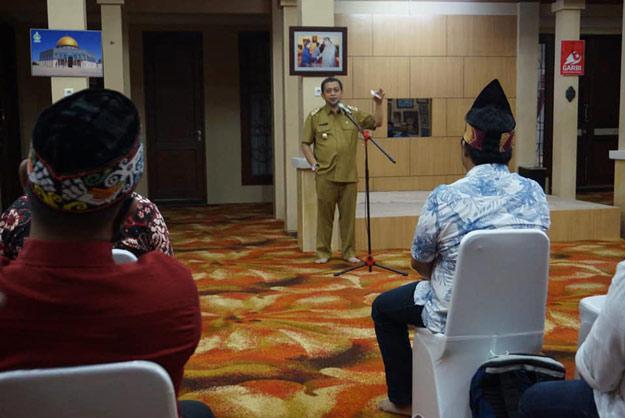 Hadi Mulyadi: Kita Hanya Bisa Membangun Indonesia Jika Bersatu