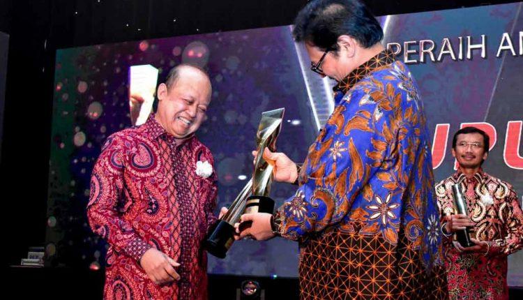 Pupuk Kaltim Raih Grand Platinum dalam Ajang SNI Award 2018