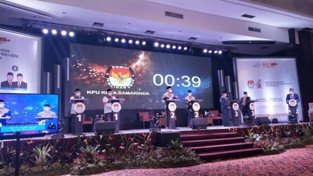 Calon Pemimpin Samarinda Adu Ide di Debat Kandidat Sesi Tiga