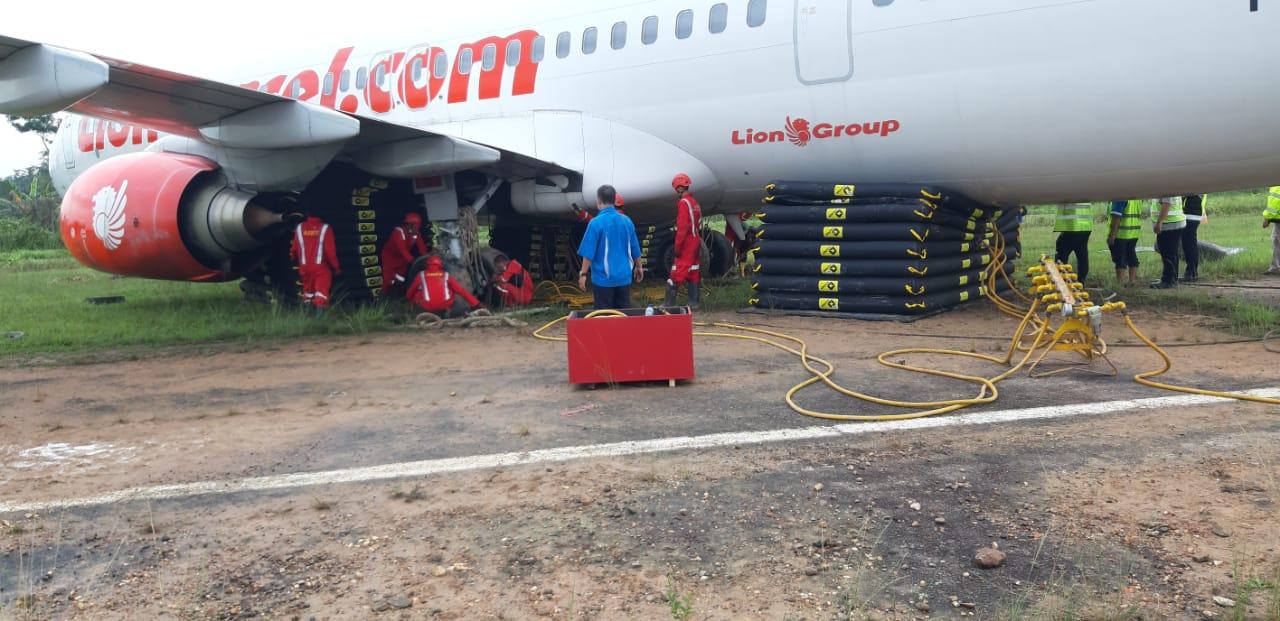 Lion Air JT-173 Berhasil di Pindahkan dari Landasan
