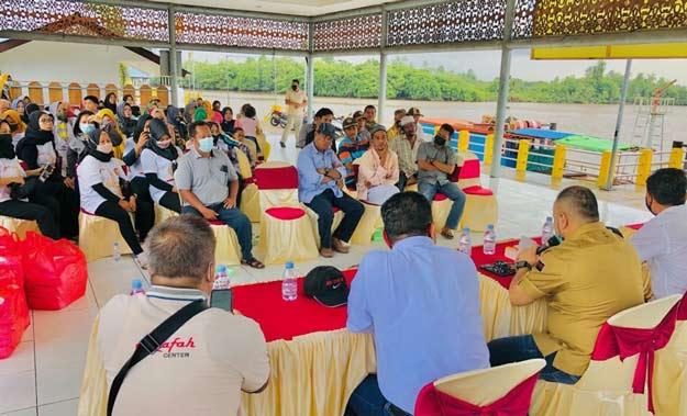 Akhmed Reza Fachlevi Gelar Reses Perdana di Kutai Lama
