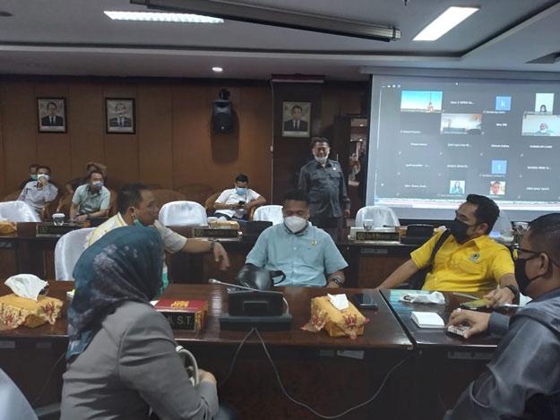 DPRD Kaltim Gelar Rapat Paripurna Ke 6, Bahas Sejumlah Raperda