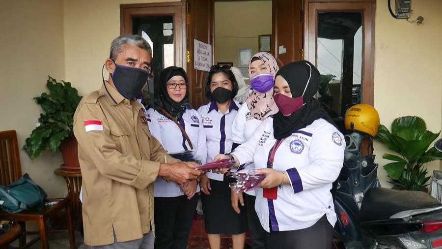 Apresiasi Kinerja Jurnalis, TRC PPA Kaltim Sumbang APD