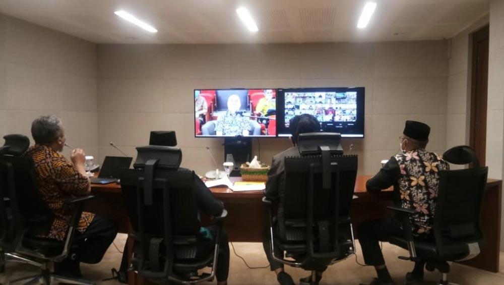 Wakil Bupati Kukar Charil Anwar Hadiri Rakor Monitoring Yang Dipimpin Gubernur Kaltim Isran Noor Secara Virtual