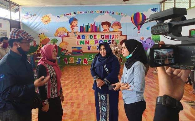 Masliana Edi Damansyah Kunjungi PAUD Mutiara Hati Desa Sungai Payang